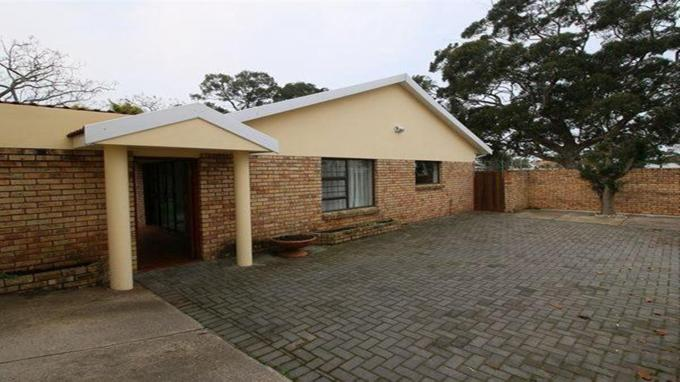 3 Bedroom House for Sale For Sale in Bonnie Doon - Private Sale - MR143380