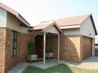 3 Bedroom 2 Bathroom Sec Title for Sale for sale in Aerorand - MP