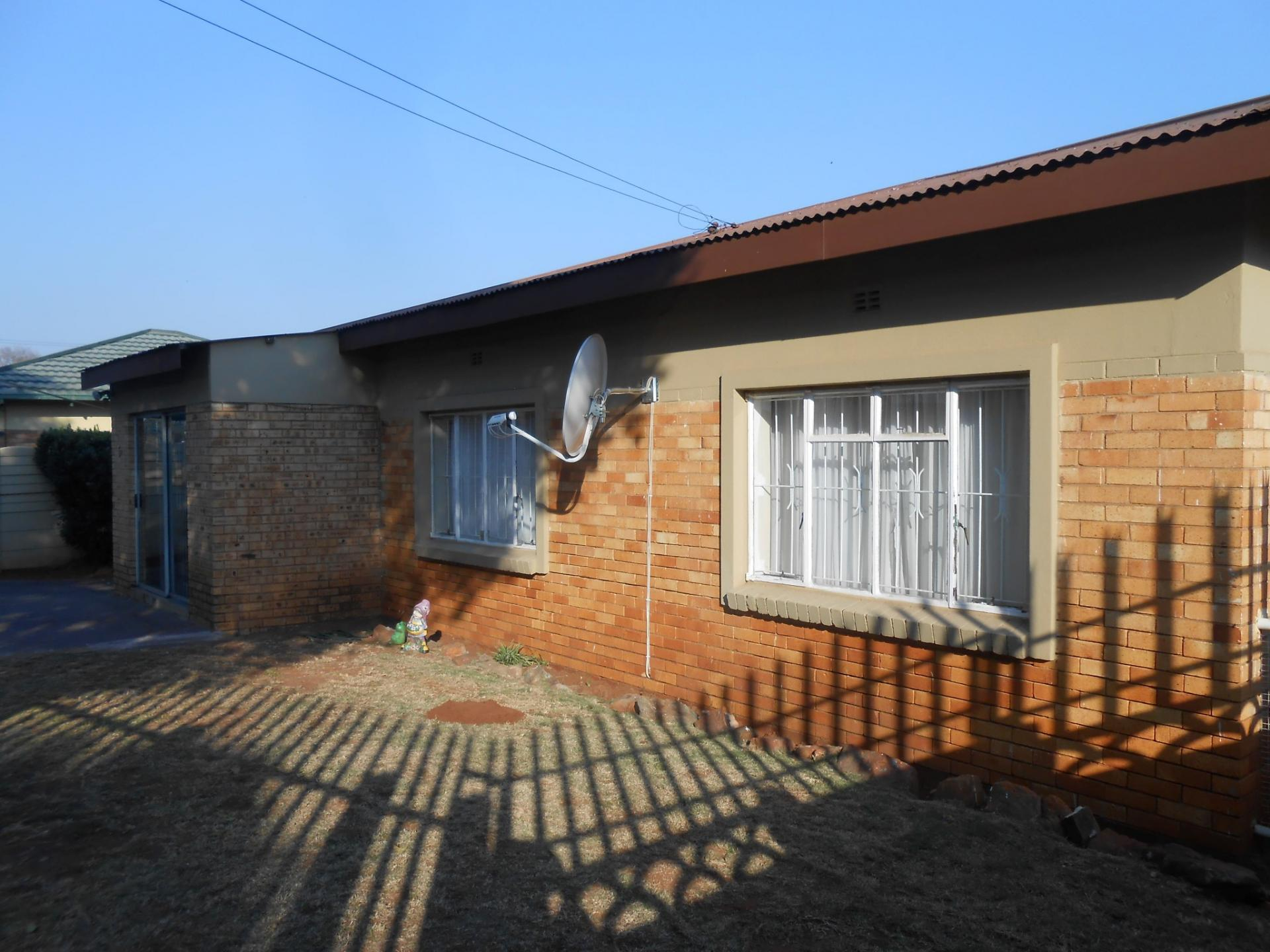 Front View of property in Georginia