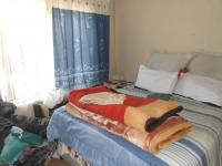 Main Bedroom - 17 square meters of property in Whitney Gardens