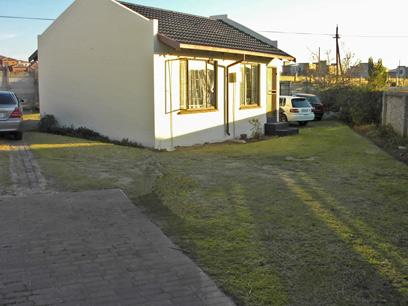 2 Bedroom House for Sale For Sale in Midrand - Private Sale - MR14360