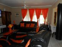 Lounges - 28 square meters of property in Randfontein