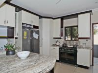 Kitchen - 13 square meters of property in Waterkloof Ridge