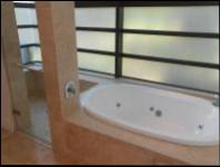 Bathroom 3+ - 6 square meters of property in Ballito
