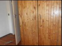 Bed Room 1 - 12 square meters of property in Krugersdorp