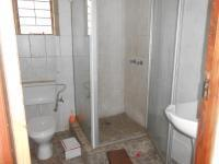 Bathroom 3+ - 5 square meters of property in Krugersdorp