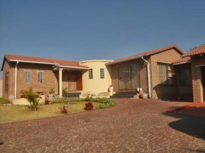 5 Bedroom House for Sale For Sale in Radiokop - Home Sell - MR14379