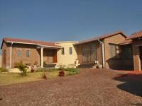 5 Bedroom 3 Bathroom in Radiokop