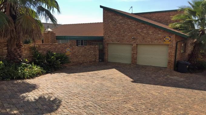 3 Bedroom Duet for Sale For Sale in Highveld - Private Sale - MR143854
