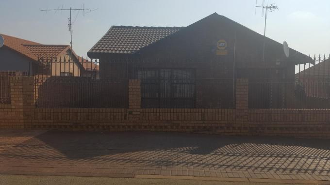 3 Bedroom House for Sale For Sale in Mabopane - Private Sale - MR143942