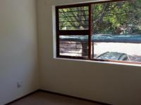 Bed Room 1 - 11 square meters of property in Hartbeespoort