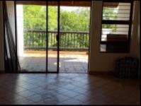 Lounges - 20 square meters of property in Hartbeespoort
