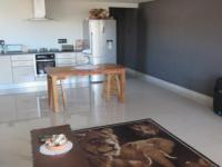 Lounges - 35 square meters of property in Woodstock