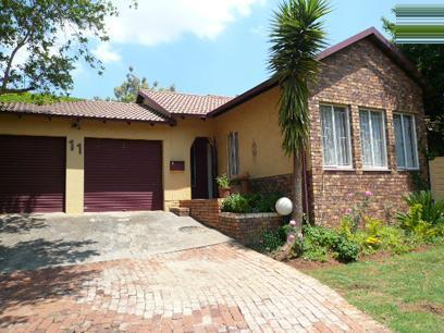 3 Bedroom House for Sale For Sale in Heuweloord - Home Sell - MR14418