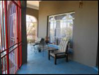Spaces - 75 square meters of property in Krugersdorp