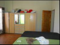 Bed Room 1 - 24 square meters of property in Krugersdorp