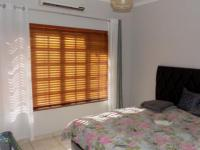Bed Room 2 - 14 square meters of property in Safari Tuine
