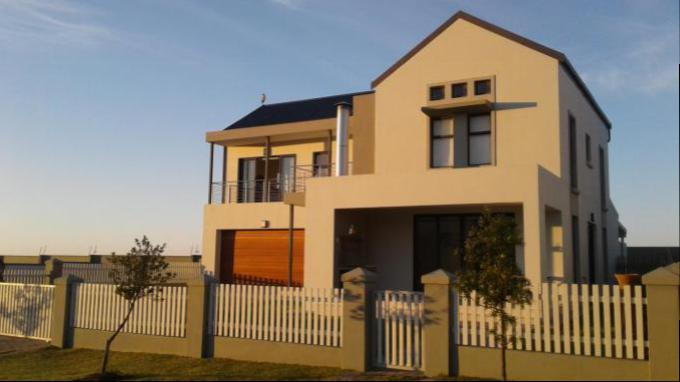 3 Bedroom House for Sale For Sale in George East - Private Sale - MR144440