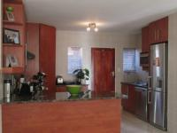 Kitchen - 14 square meters of property in Ravenswood