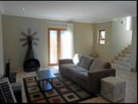 Lounges - 27 square meters of property in Krugersdorp