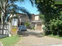 4 Bedroom 2 Bathroom in Uvongo