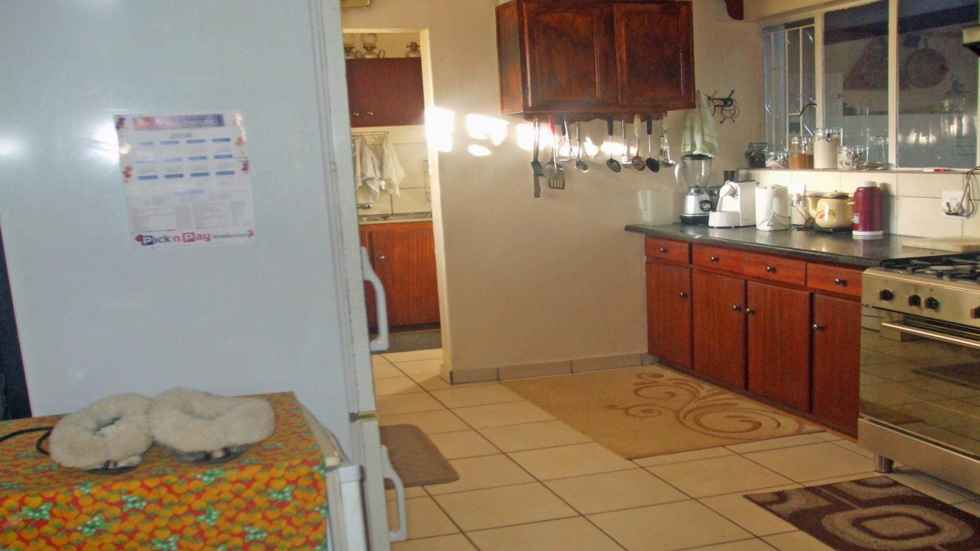 4 Bedroom House For Sale For Sale In Vredenburg  Private. Blue Kitchen Harissa Paste. American Diner Kitchen Units. Kitchen Paint Sale. Kitchen Tools Drawing With Names. Kitchen Hood Fans Ratings. Kitchen Storage Ottawa. Kitchen Cabinets On A Budget. Kitchen Rug Crate And Barrel
