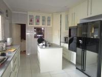 Kitchen - 36 square meters of property in Mayfield Park
