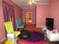 Informal Lounge - 34 square meters of property in Mayfield Park