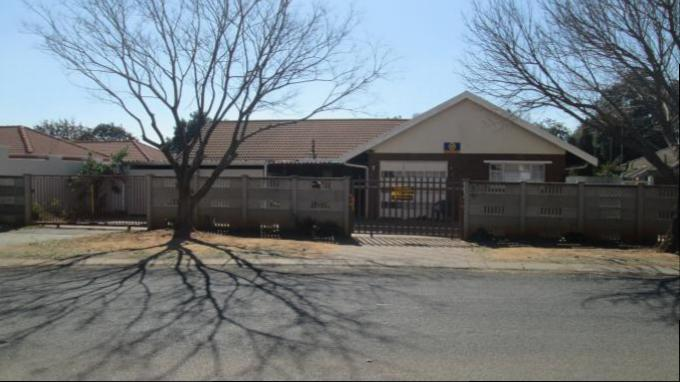 Absa Bank Trust Property 4 Bedroom House for Sale For Sale in Vaalpark - MR144938