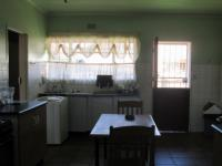 Kitchen - 27 square meters of property in Vaalpark