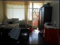 Lounges - 29 square meters of property in Berea - JHB