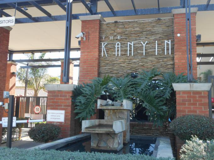 2 Bedroom Apartment for Sale For Sale in Sunninghill - Private Sale - MR145053