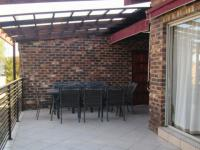 Patio - 36 square meters of property in Vaalmarina