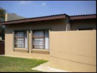 Front View of property in Fochville