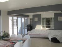 Entertainment - 54 square meters of property in Westdene