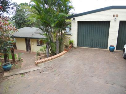 Standard Bank Repossessed 4 Bedroom House for Sale For Sale in Amanzimtoti  - MR14525