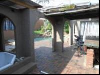 Patio of property in Musgrave