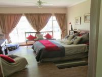 Main Bedroom - 27 square meters of property in Stilfontein