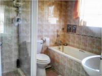 Main Bathroom - 8 square meters of property in Sonneveld