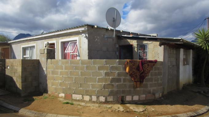 3 Bedroom House for Sale For Sale in Paarl - Private Sale - MR145390