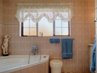 Main Bathroom - 7 square meters of property in Woodhill Golf Estate