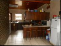 Kitchen - 36 square meters of property in Farrarmere