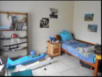 Bed Room 3 - 16 square meters of property in Farrarmere
