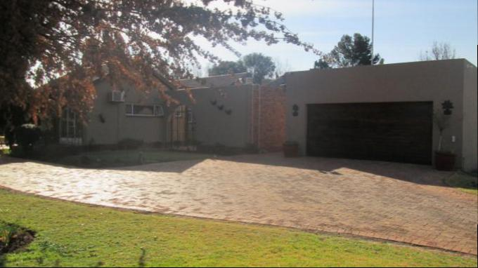 3 Bedroom House for Sale For Sale in Henley-on-Klip - Private Sale - MR145692