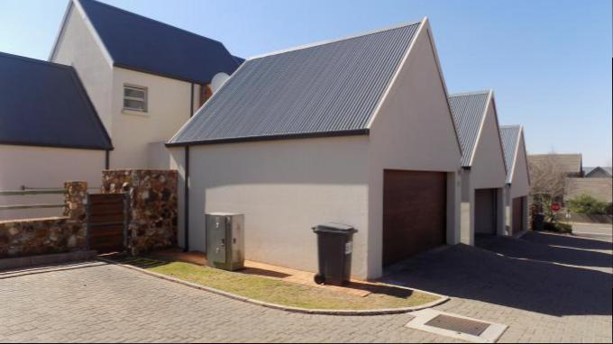 Standard Bank EasySell 3 Bedroom Sectional Title for Sale For Sale in Irene - MR145788