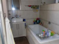 Main Bathroom - 5 square meters of property in Irene