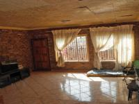 Lounges - 54 square meters of property in Soshanguve