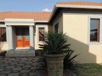 4 Bedroom 3 Bathroom Simplex for Sale for sale in Secunda