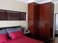 Main Bedroom - 21 square meters of property in Amberfield
