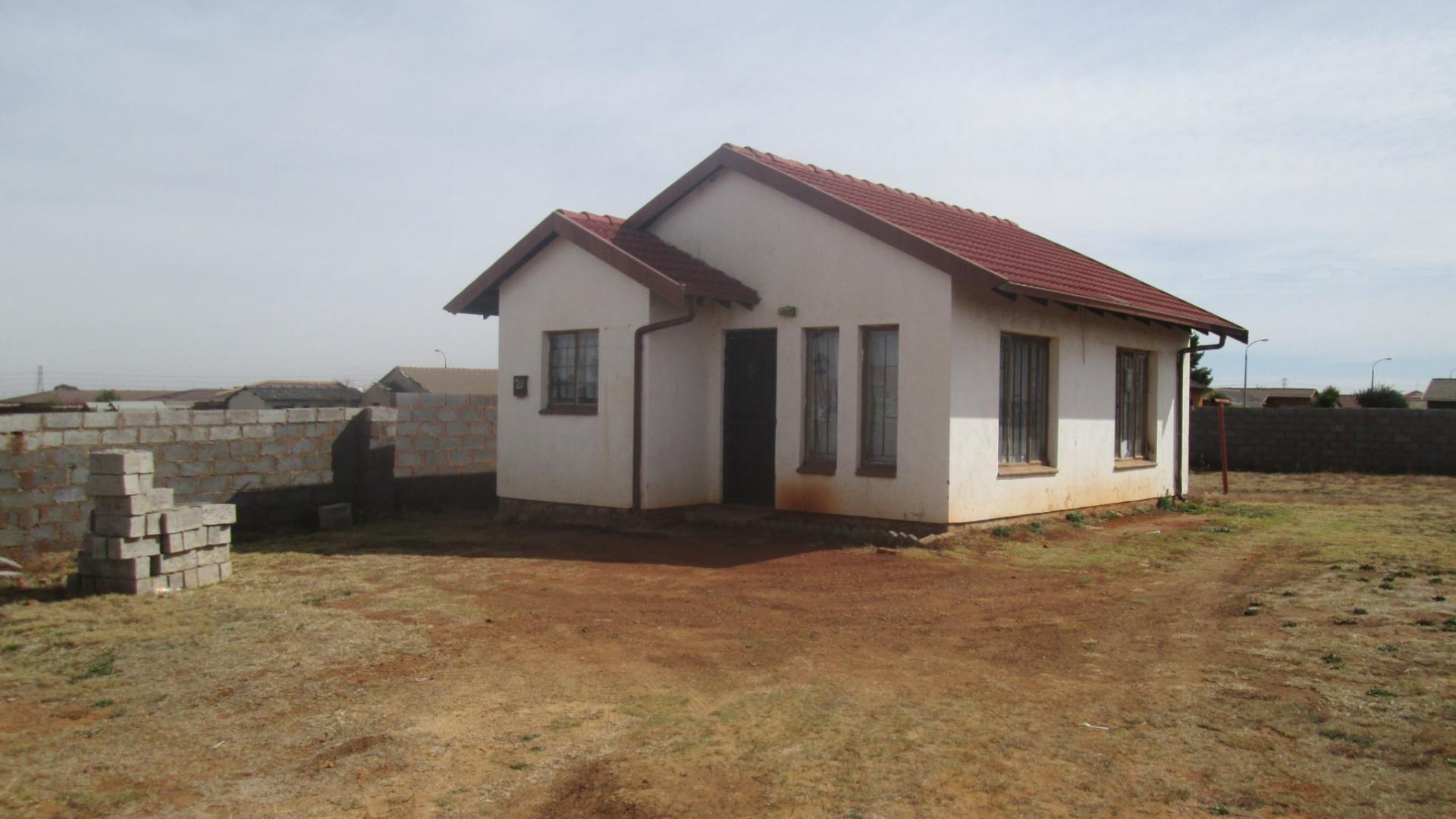 2 bedroom house for sale for sale in villa liza home for House of liza